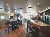 Bar Magnifique IV