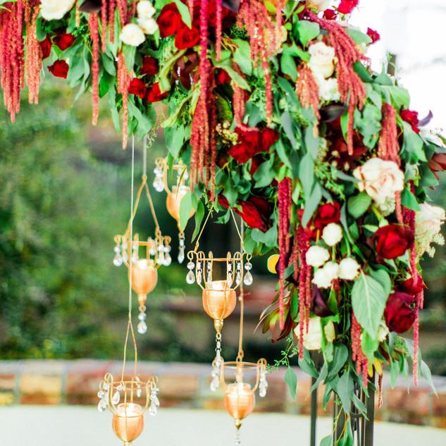 arch flowers_ceremony flowers_scottsdale