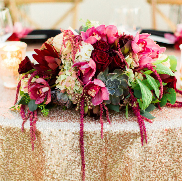 sweetheart table_reception flowers_scott
