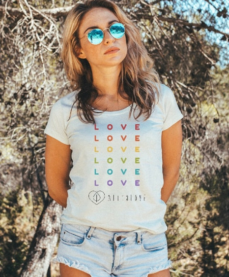 Rainbow LOVE for the Chicas!
