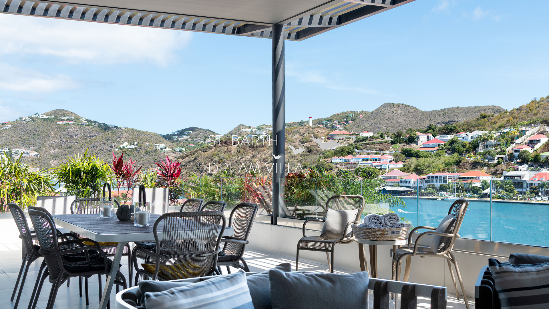 A-OUTDOOR (2)-1800-StBarthDreamVilla-Ren