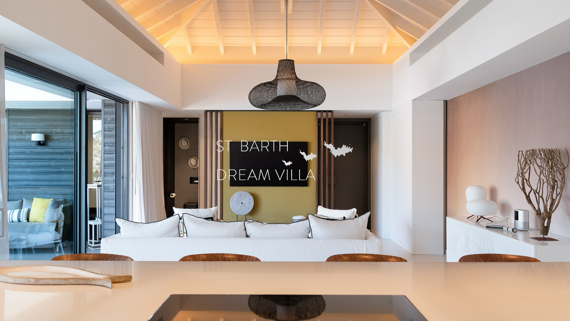 B-LIVING (3)-1800-StBarthDreamVilla-Rent