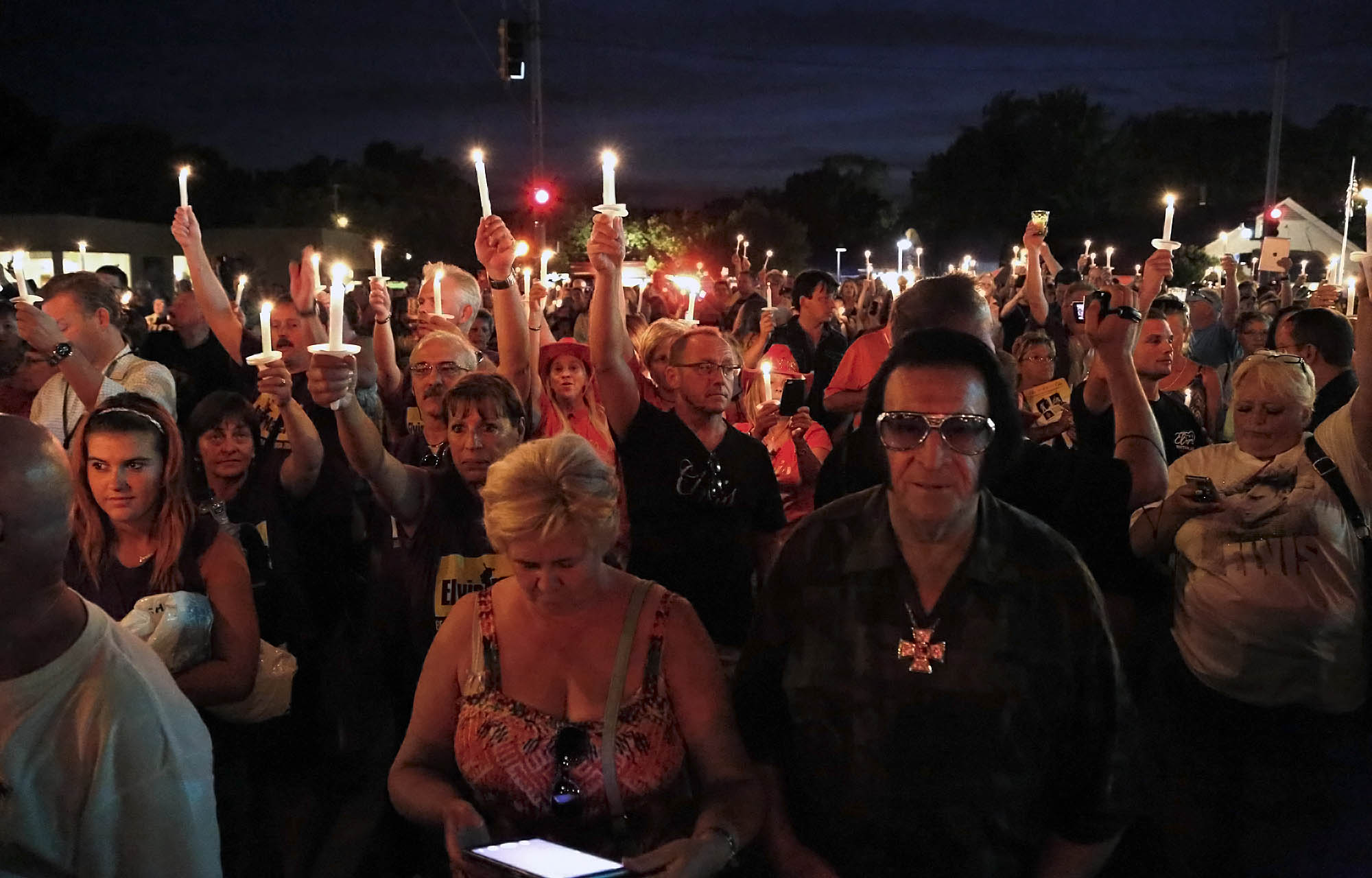 Elvis candlelight vigil at Graceland