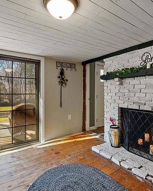Home Staging - Farmhouse Living Room.jpg