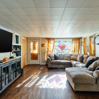 Modern Farmhouse Living Room - Home Staging