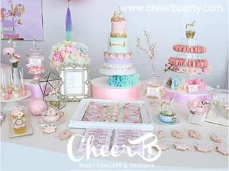 Fabulous candy bar decoration.jpg