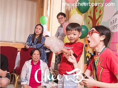 兒童派對泡泡表演.jpg
