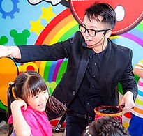 兒童派對魔術師表演.jpg