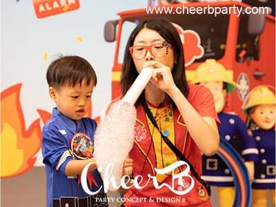 Magic bubble show hk.jpg