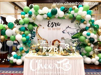 百日宴backdrop+拱門氣球佈置+candy bar.jpg