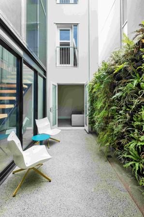 Kent House-010-courtyard.jpg
