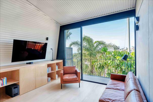 Kent House-008-living and balcony.jpg