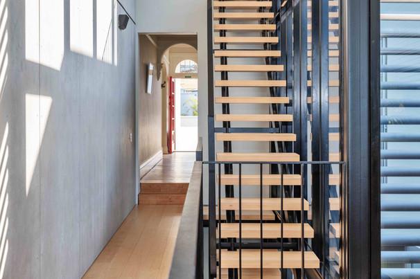 Kent House-003-stair.jpg