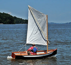 Sprit-sail dinghy