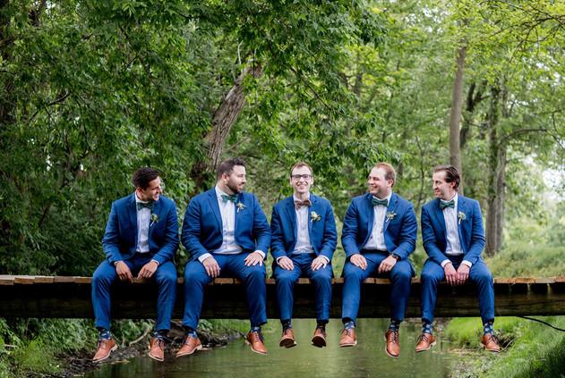 Groom-groomsmen-bridge