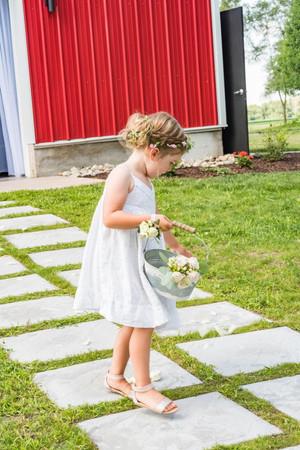 flower-girl-blue-heron-barn.jpg