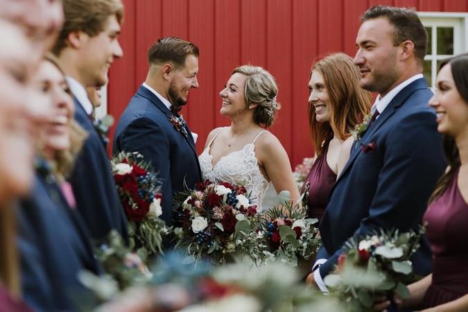 Bride-groom-bridal-party-red-barn