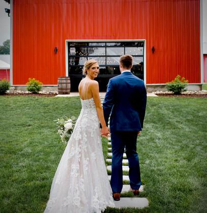 bride-groom-red-barn