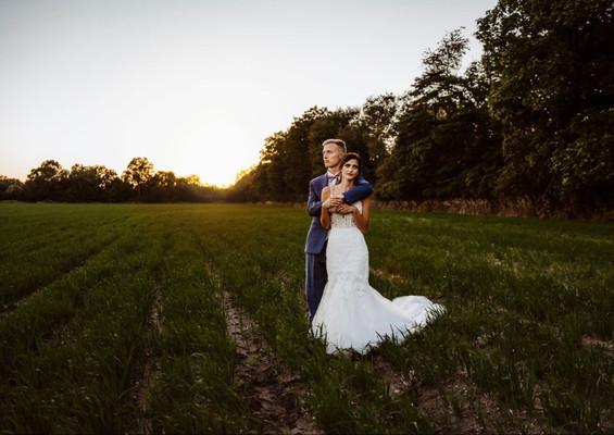 Bride-groom-field-blue-heron-barn