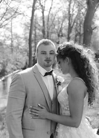 Bride-groom-black-white