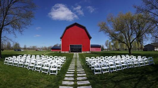 barn-ceremony-chairs