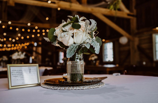 flowers-vase-blue-heron-bar
