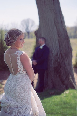 bride-groom-first-look-blue-heron-barn