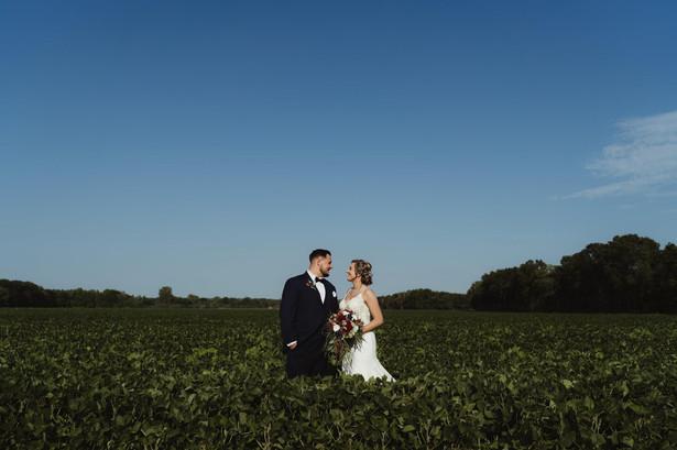 Bride-groom-farmland