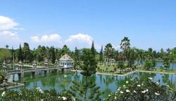 Taman Ujung (photo by Manuae)