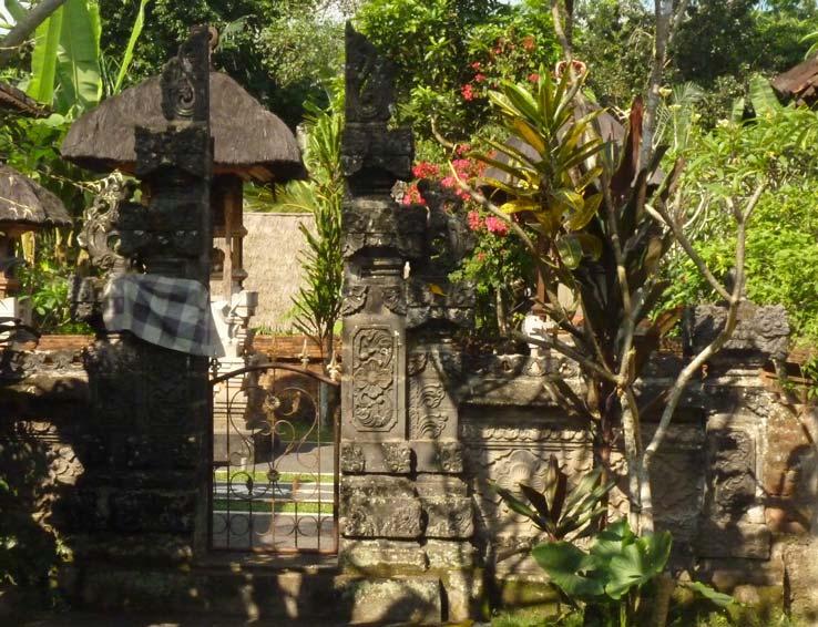 Nike House - family temple