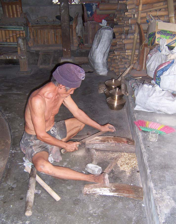 gamelan factory, Tihingan