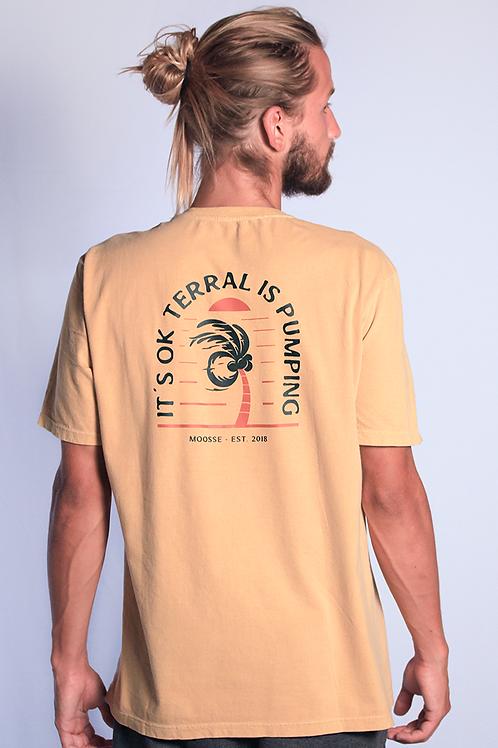 Camiseta Terral is Pumping Mostarda