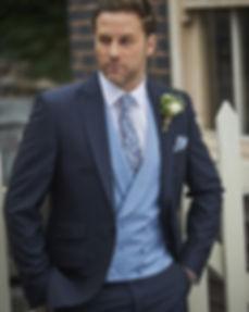 Loung Suit Uppington.jpg