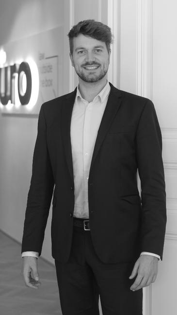 Niklas Böck