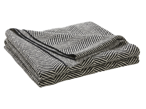 Solano Throw Rug - Onyx
