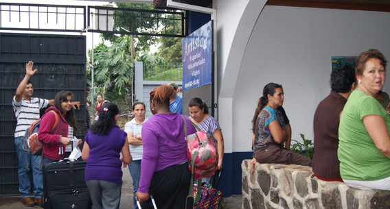 Group arriving to the school