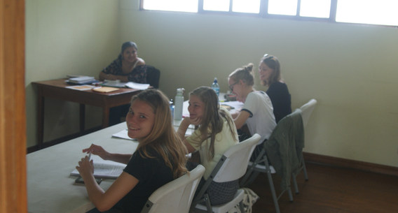 Group learning Spanish