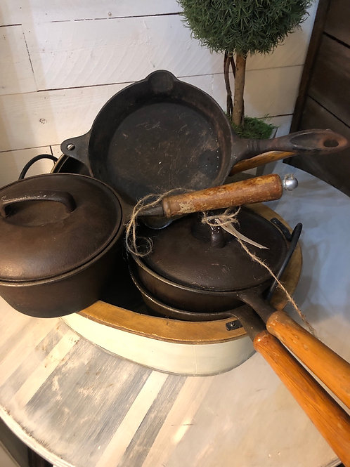 8 pieces old cast iron