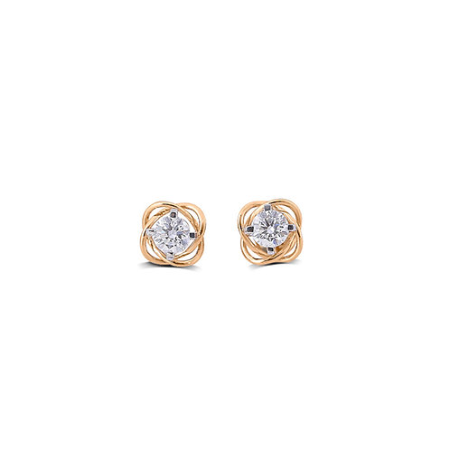 Twisting Bright Solitaire Stud Earring