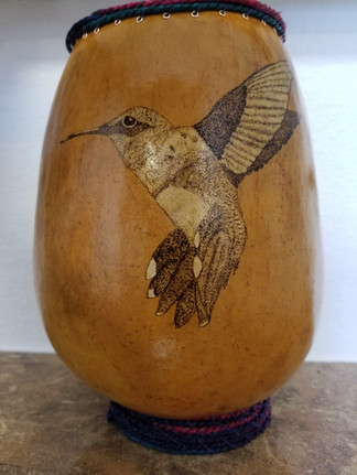 Wood burn hummer with seagrass rim