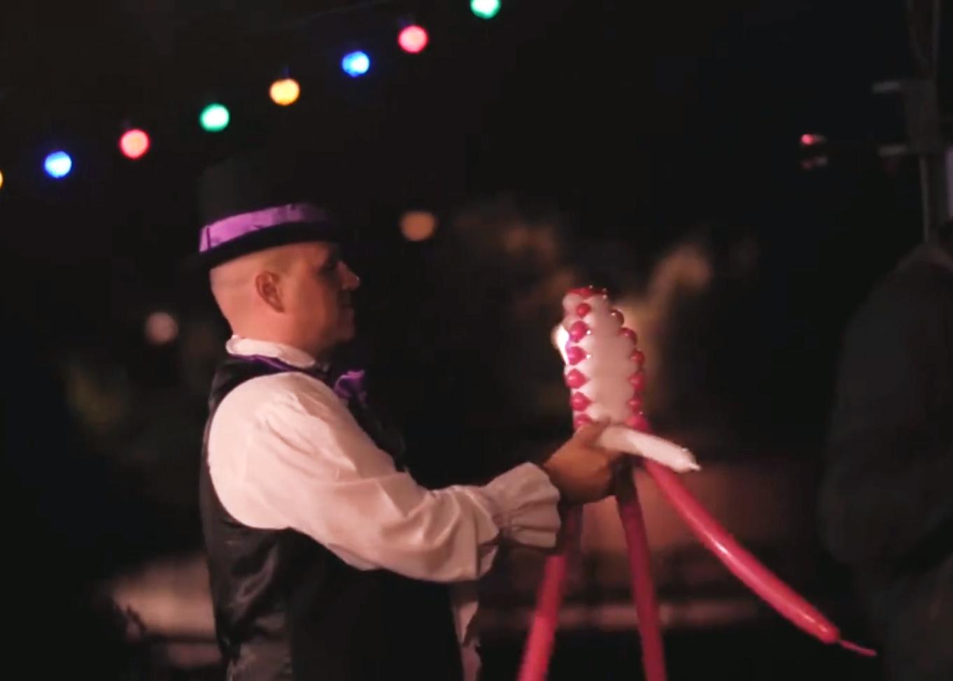 Chapeaux ballons.