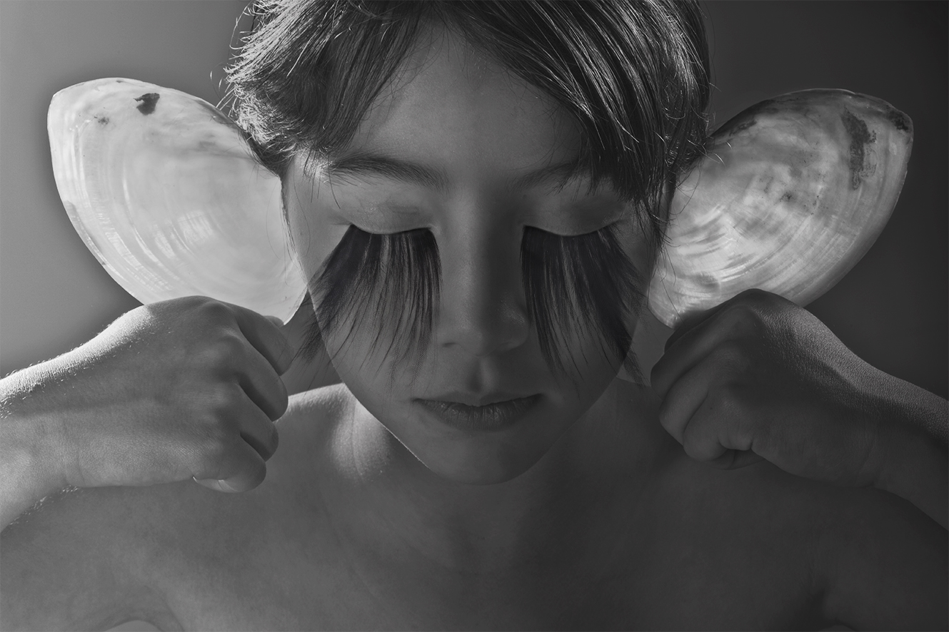 Crying wings for Siria