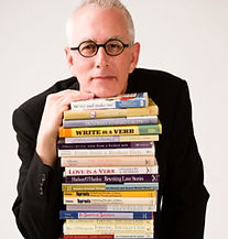 O'Hanlon chin on books.jpg