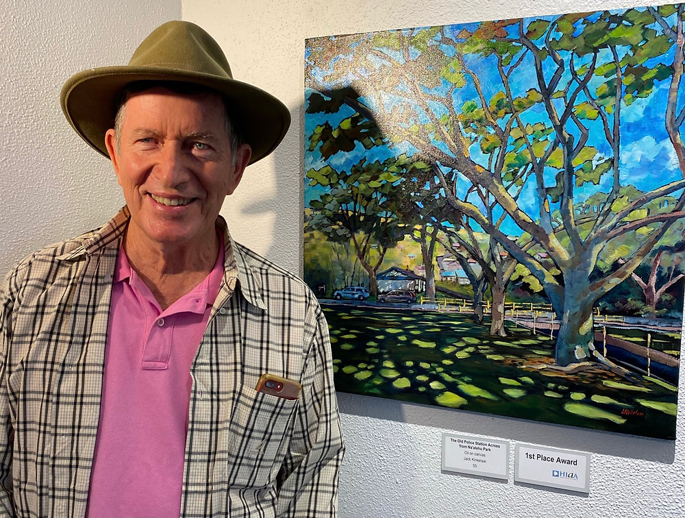 Jack Kinkelaar with oil painting in the 2021 Plein Arie exhibition