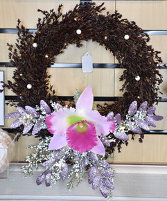 ʻUki and Large Orchid Wreath