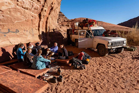 mobile-camp-wadirum-under-the-stars.jpg