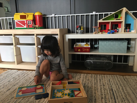 Displaying Your Child's Toys in a Montessori Way