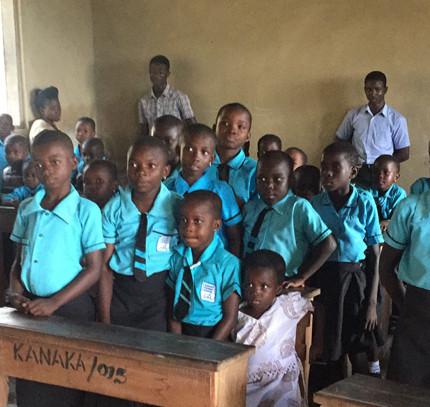 STRUCTURELE VERBETERINGEN KANAKA SCHOOL, GHANA