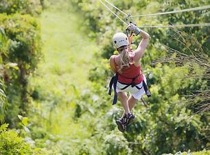 Parcourez la forêt tropicale du Volcan Arénal et sa canopée en tyrolienne