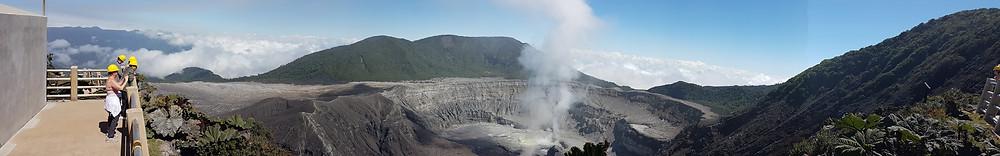 Vue panoramique du volcan Poas (tacacori ecolodge)
